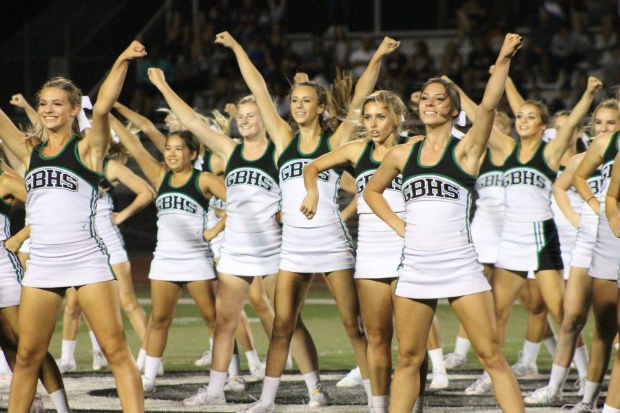 A Cheer for Homecoming: Freshman Dylan Rowe shares her experience at Homecoming Events