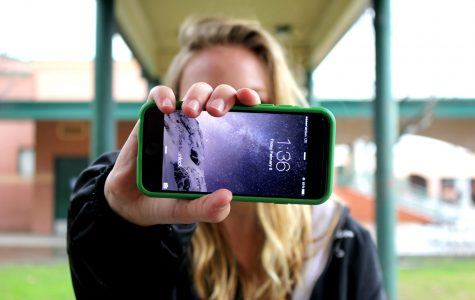 GBHS students confess phone addictions