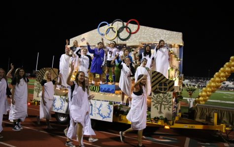 Hoco or Loco?: The emotional rollercoaster of float building