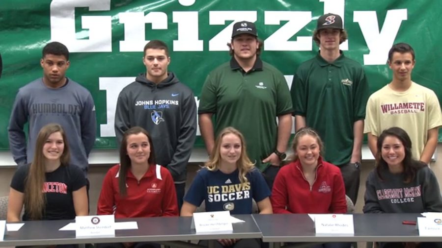 Ten+athletes+sign+to+play+college+sports