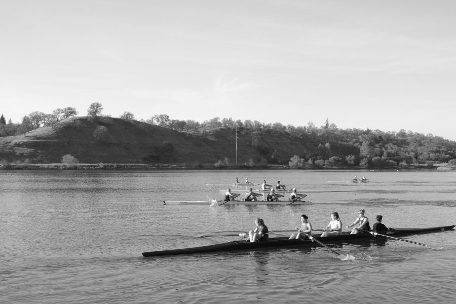 Crew+rises+in+popularity+among+many+athletes+at+GBHS