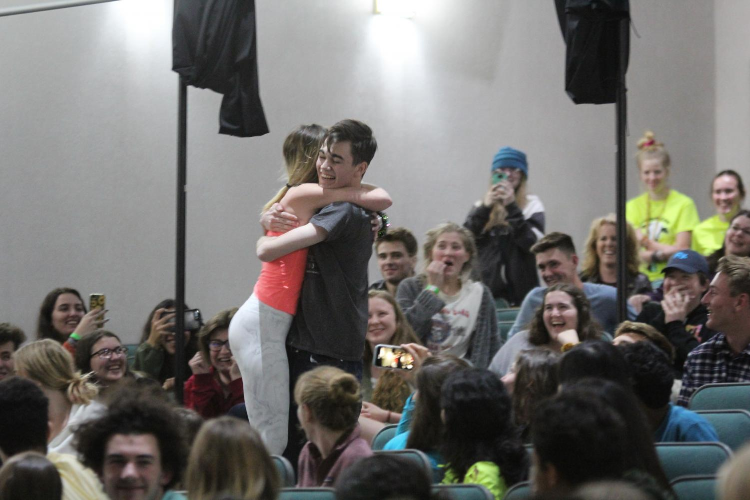 Seniors+Jacob+Northam+and+Jordan+Stradal+embrace+as+Kermit+and+Miss+Piggy+due+to+the+hypnotists+commands.+